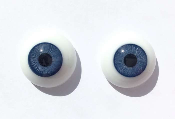 Vintage glass eyes, blue iris. 22 mm