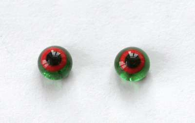 Red on green. 6 mm