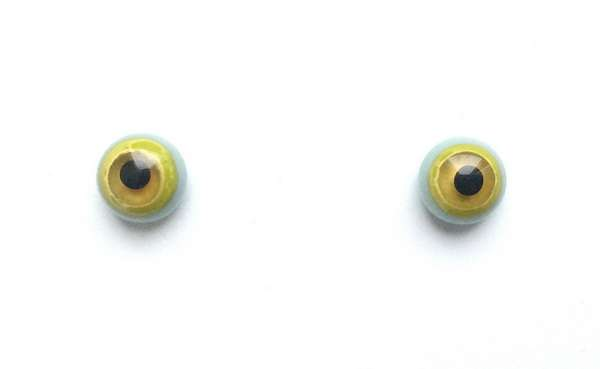 Yellow on blue. 7 mm