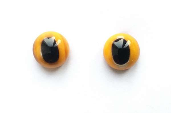 Yellow-black. 9 mm