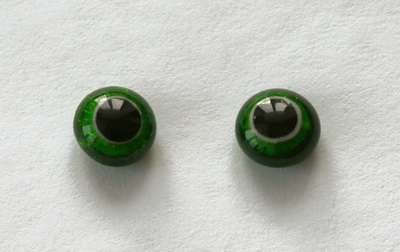 Dark green cracle. 9 mm