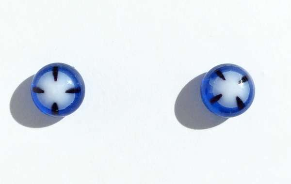 Blue and white. 7 mm